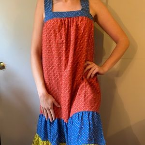 Super fun, vintage style, flower dress ❤️❤️